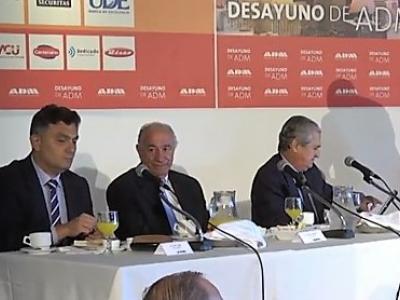 """Una vez más Datasec se hizo presente en el desayuno laborar de ADM: """"Uruguay en el D7"""""""